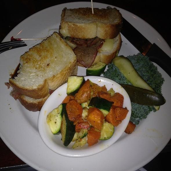 Tri-Tip Sandwich @ Lucille's Smokehouse Bar-B-Que