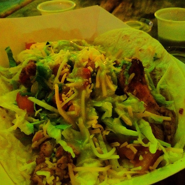 Chicken Tacos @ Lustre Pearl