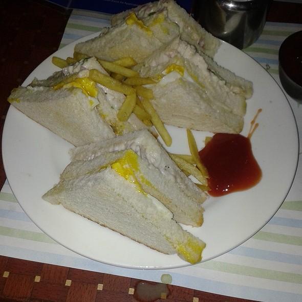 Chicken Club Sandwich @ Vadodara Airport