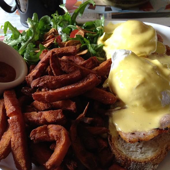 Eggs Bennie @ burger bar & tequila tavern