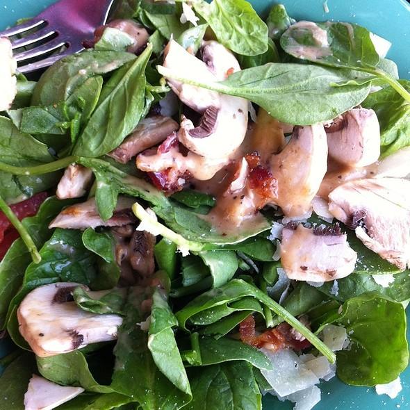 Spinach Salad @ Mellow Mushroom