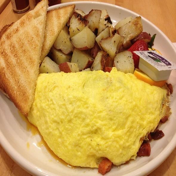 Eggs Omelete