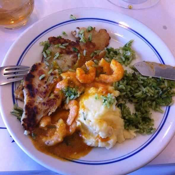 Linguado Ao Molho De Camarao @ Restaurante Siri - Ilha