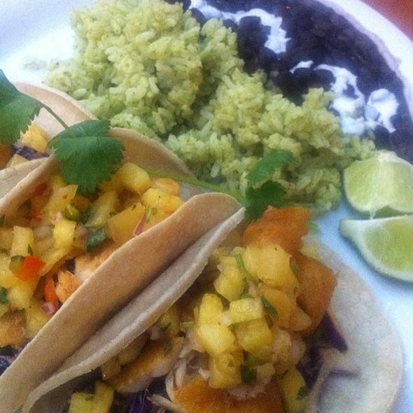 Island Fish Tacos @ Taqueria Canonita