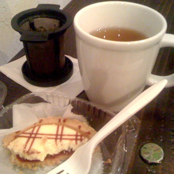 Green Tea And Cheesecake