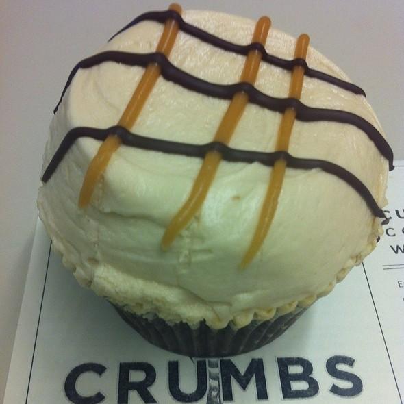 Cupcake @ Crumbs Bake Shop