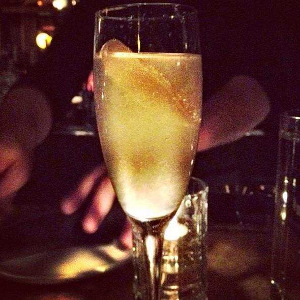 Le Bar St. Germain @ Gilt Bar