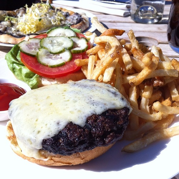 Cheeseburger @ The St. Regis Deer Valley