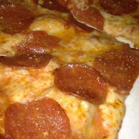 Artisan Pepperoni Pizza @ Zachary's