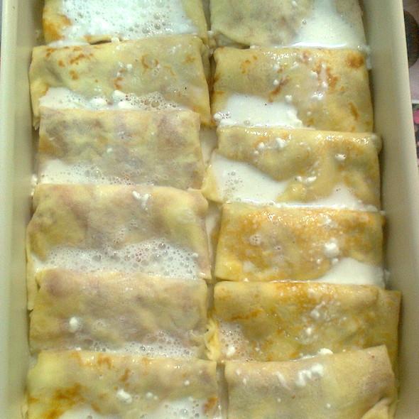 Полнети и печени палачинки @ Homemade by Teodora