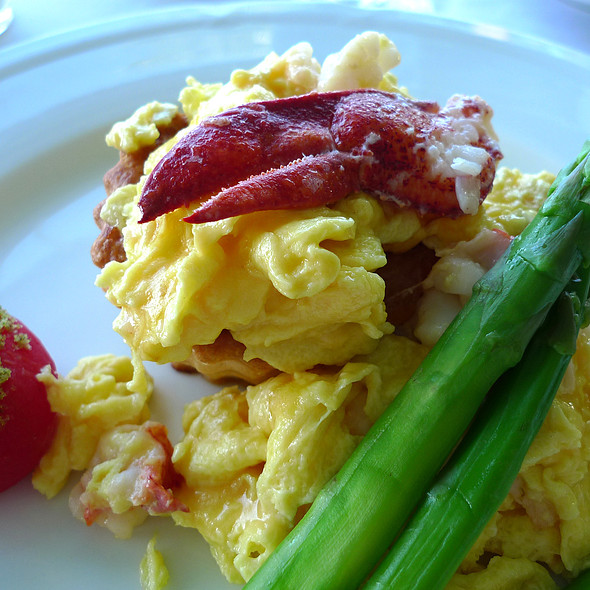 Lobster omelette with puff pastry @ Orchids