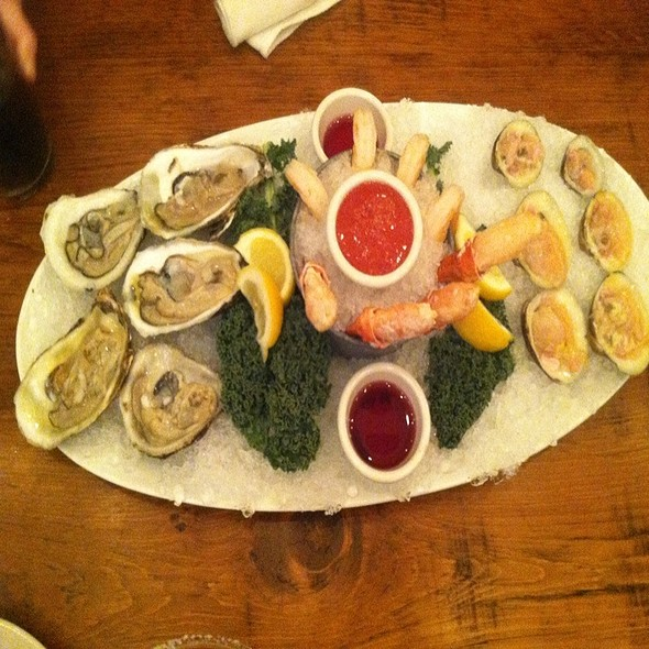 Assorted Cold Seafood @ Crab Shack
