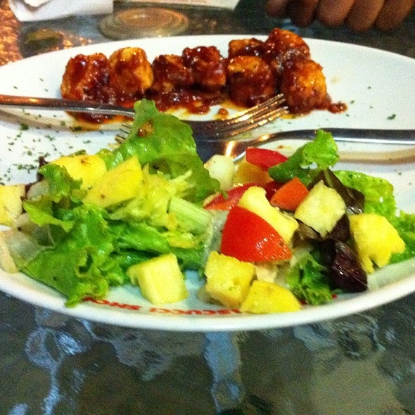 Grilled Chicken salad @ Cafe Pascucci
