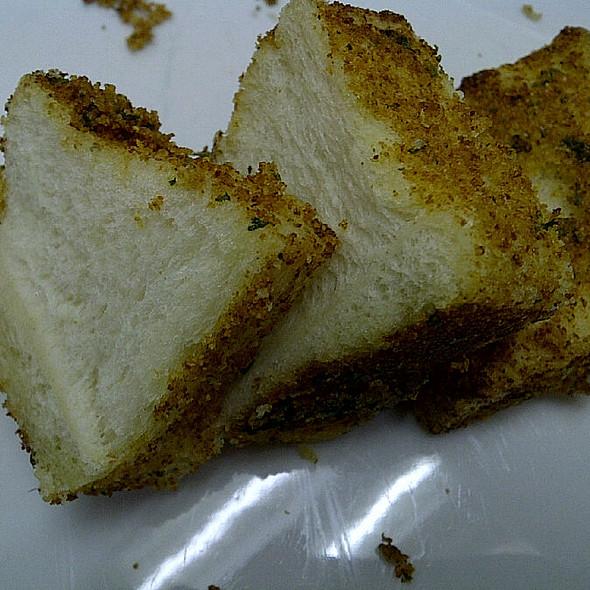 Garlic Bread @ Sheng Kee Bakery
