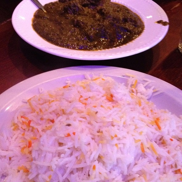 Lamb Palak With Tri-Color Rice @ Cedars Restaurant