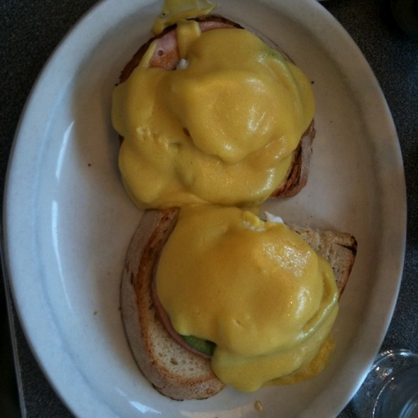 Eggs Benedict @ Angelo's On The Side