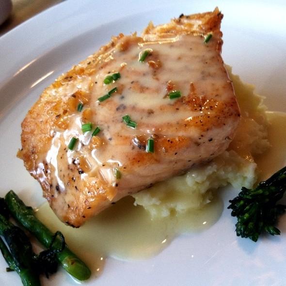 Oven Roasted Salmon @ Bistro 10UN