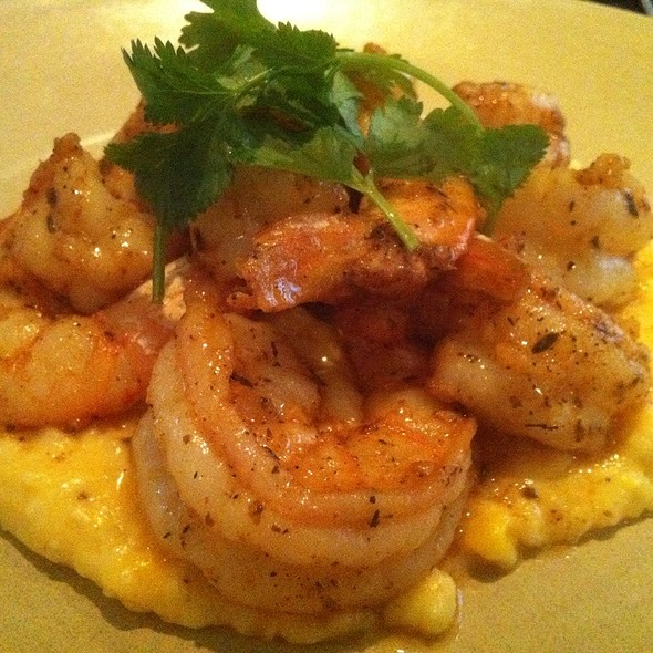 Shrimp and Grits @ Currents@ Hyatt Regency