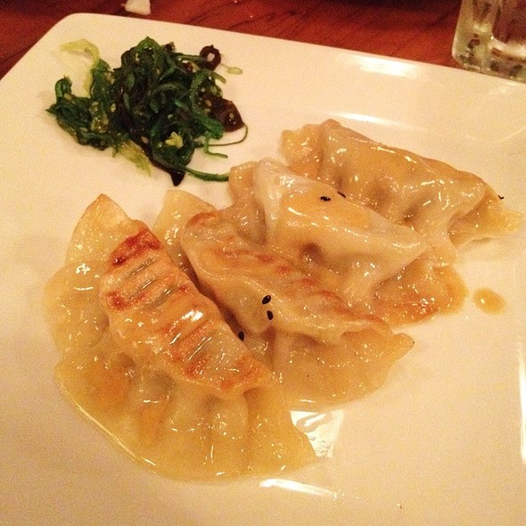 Pot Stickers @ Kona Cafe