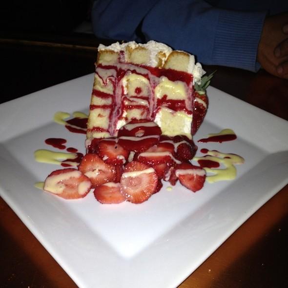 strawberry shortcake - IL Laghetto, Mahopac, NY