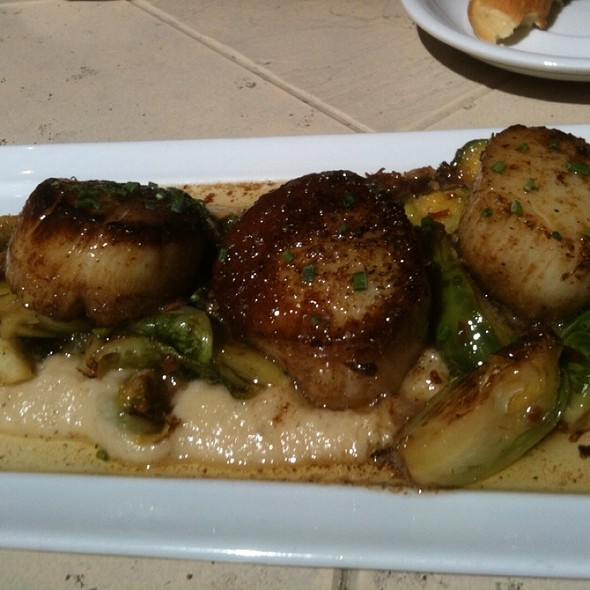 Scallops On Pureed Cauliflower With Brussel Sprouts & Pancetta @ Amuse Bouche Bistro