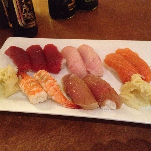 $22 Nigiri Special @ Sushi Cart, Crown Plaza Hotel