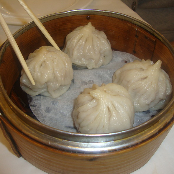 Steamed Pork Buns @ Jade Garden