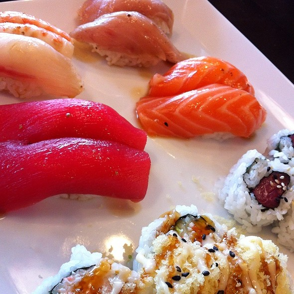 Red Wasabi Combo @ Red Wasabi