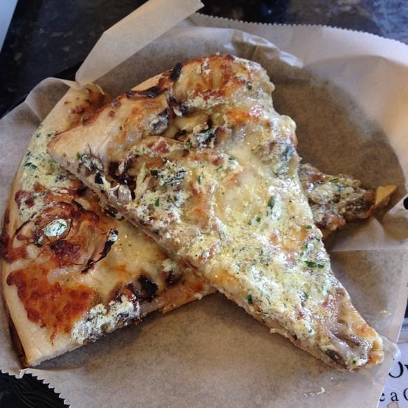 Pizza @ Arizmendi Bakery & Pizzeria