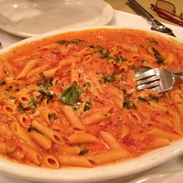 Penne Alla Vodka - Carmine's - Atlantic City, Atlantic City, NJ