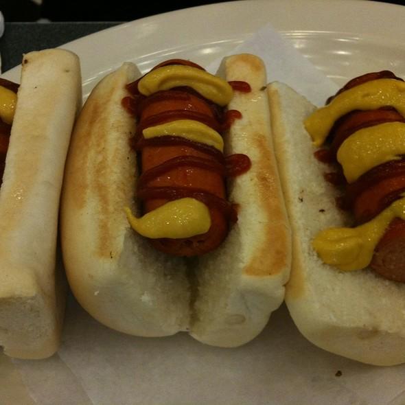 Mini Hot Dogs @ Johhny Rockets