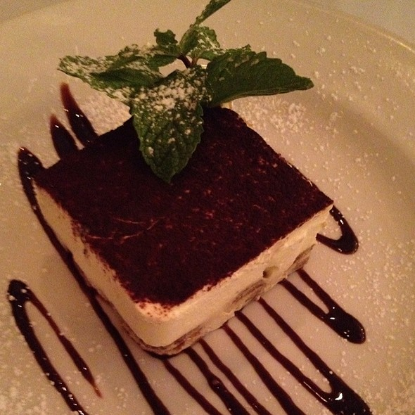 Tiramisu - Cantina Italiana, Boston, MA