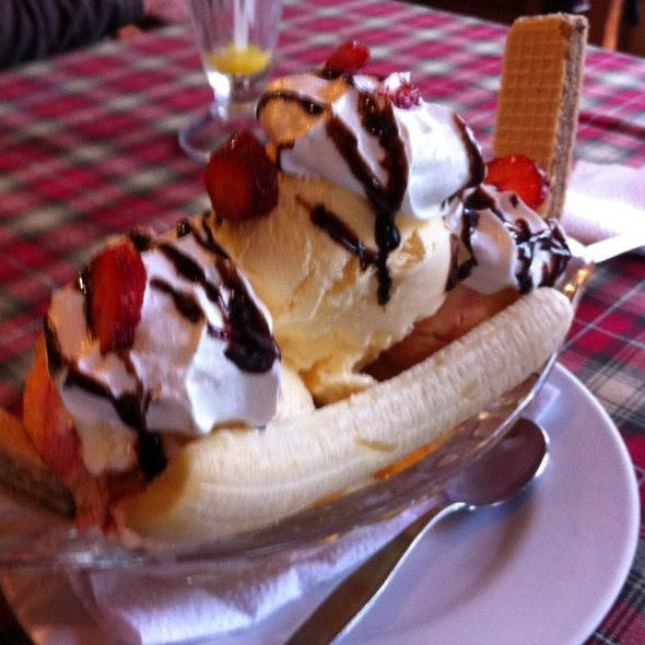 Banana Split @ La Trattoria