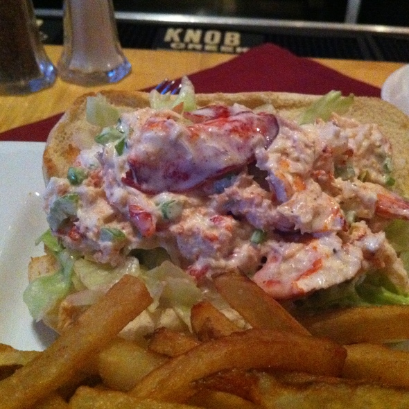 Lobster Roll (Sandwich) - Federal Taphouse and Kitchen, Providence, RI