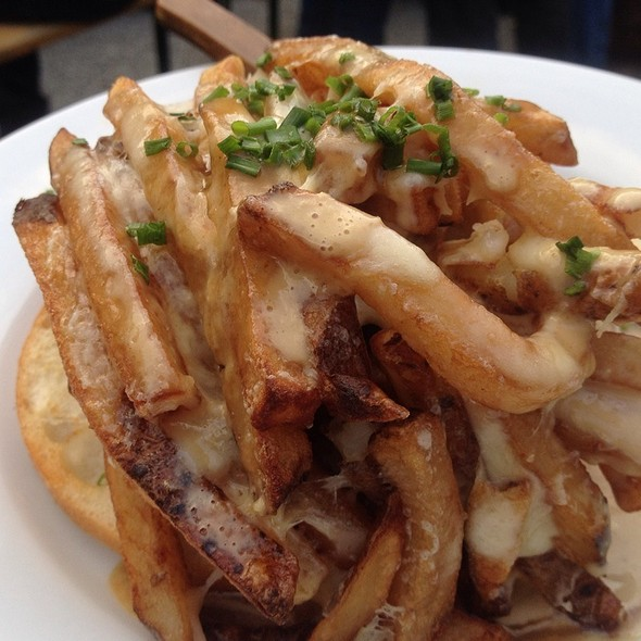 ultimate poutine burger @ Frankford Hall