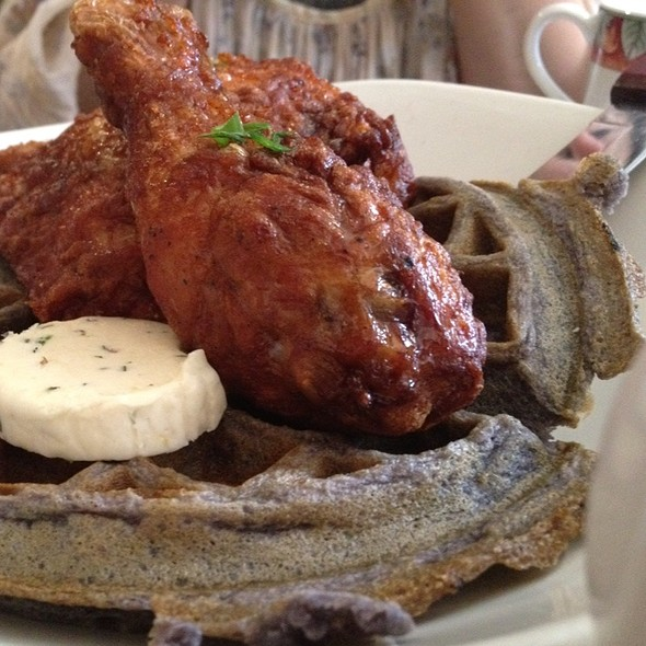 Filipino Flip'd Fried Chicken 'N' Waffle @ Maharlika