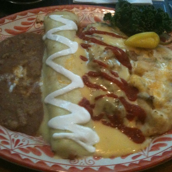 Chile Relleno And Enchilada