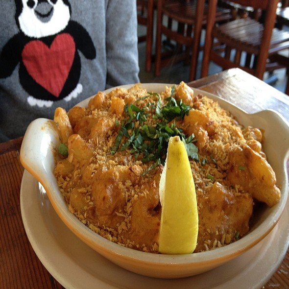 mexican mac n cheese @ Homeroom