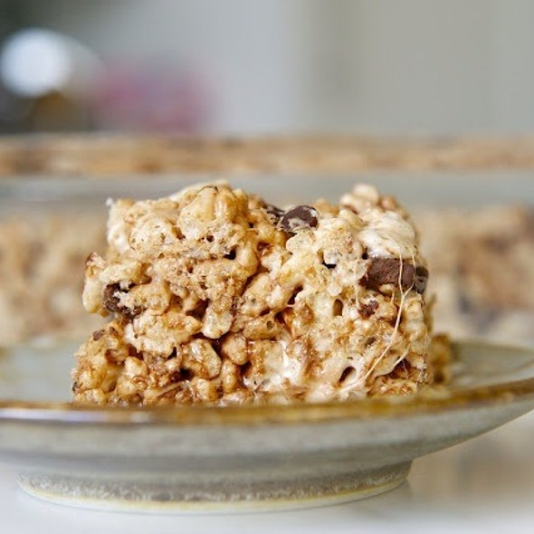 Chocolate Chip Rice Krispies Squares @ Cake On The Brain's Patisserie