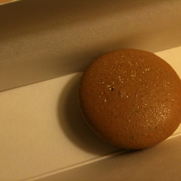 Chestnut Macaron @ Chantal Guillon
