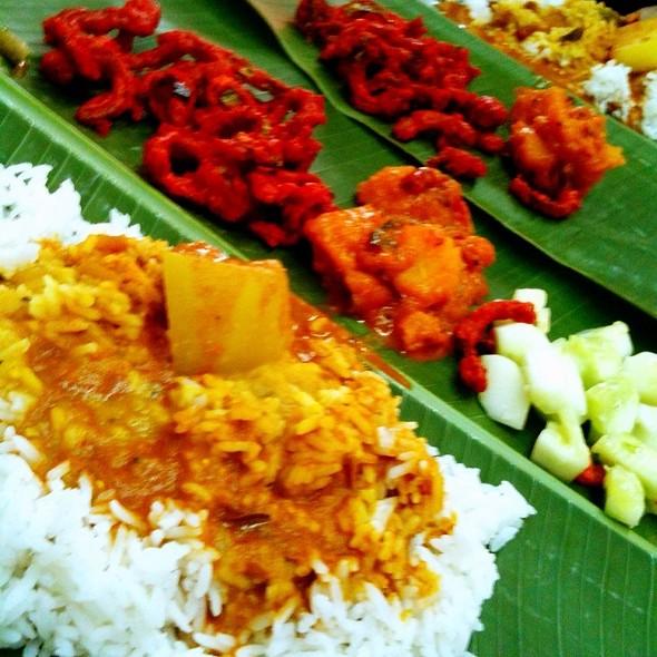 Banana Leaf Rice @ Restoran Sri Nirwana Maju