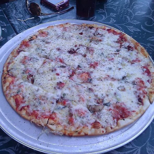 Bazbeaux Special with Mushrooms @ Bazbeaux Pizza
