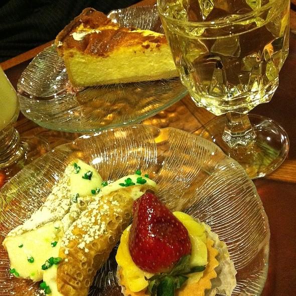 Assortment @ Veniero's Pasticceria & Caffe
