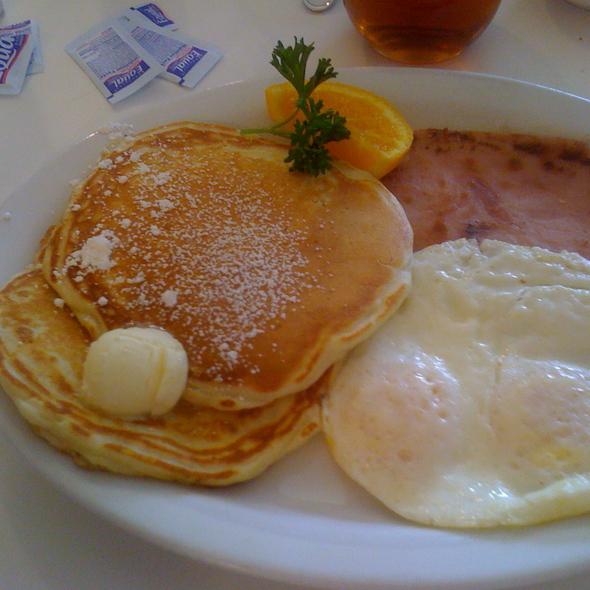 home run breakfast @ Home Plate
