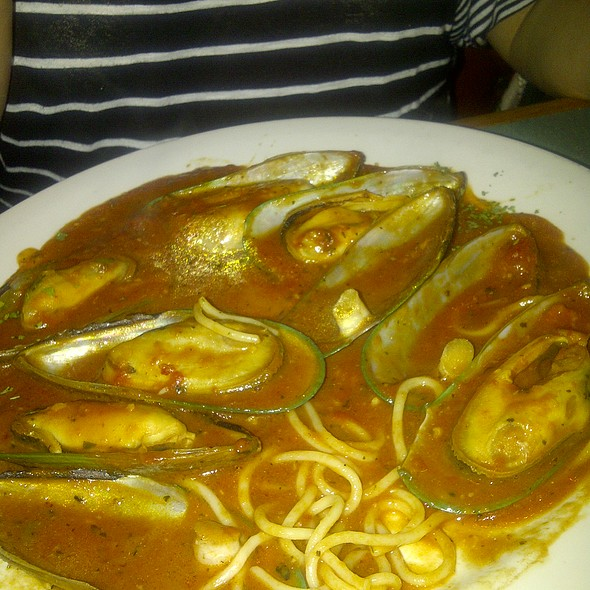 Mussels Marinara @ Tony's Pizza & Pasta