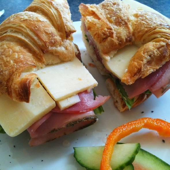Ham and Cheese croissant @ Covernotes tea and coffee house