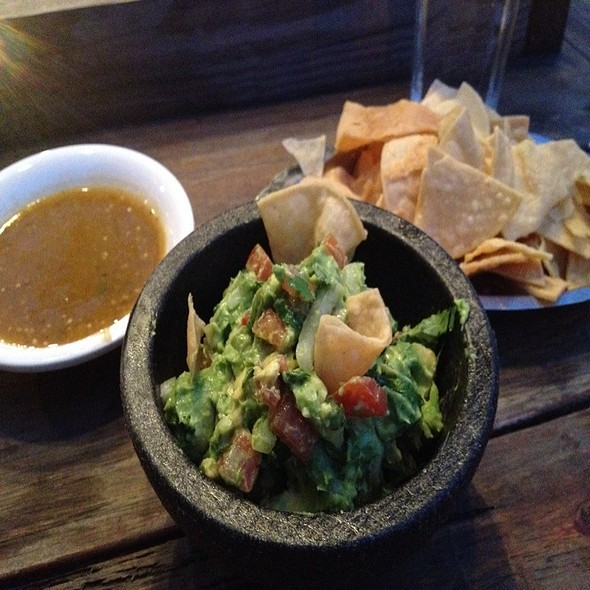 Guacamole and Chips @ Santos Anne