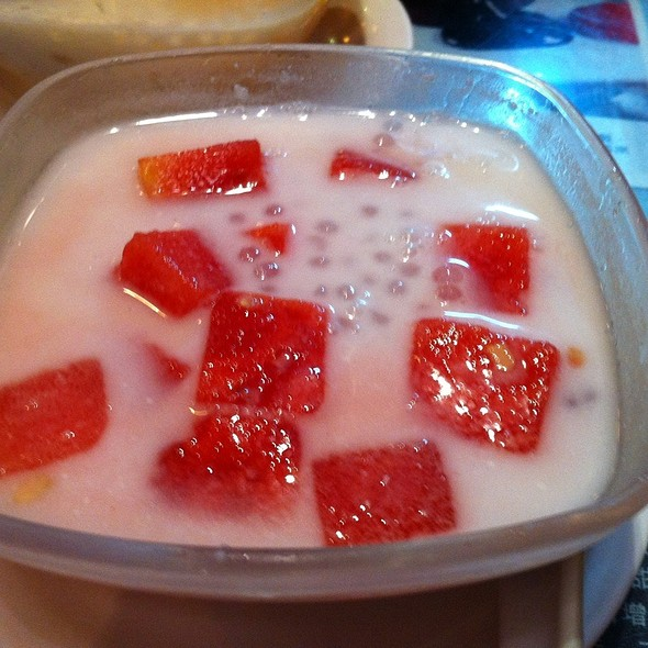 Watermelon Sago @ 五代同糖