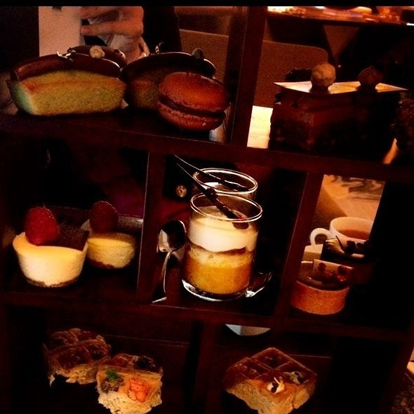 Afternoon Tea Set @ Chocolate Library @ The Ritz-Carlton Hong Kong