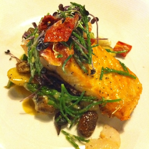 Salmon @ Hardware Grill